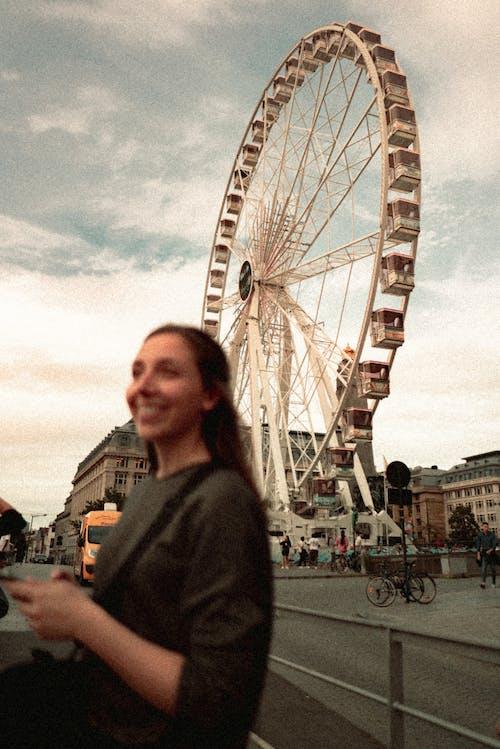 Základová fotografie zdarma na téma atrakce, cestování, dopravní systém, dospělý