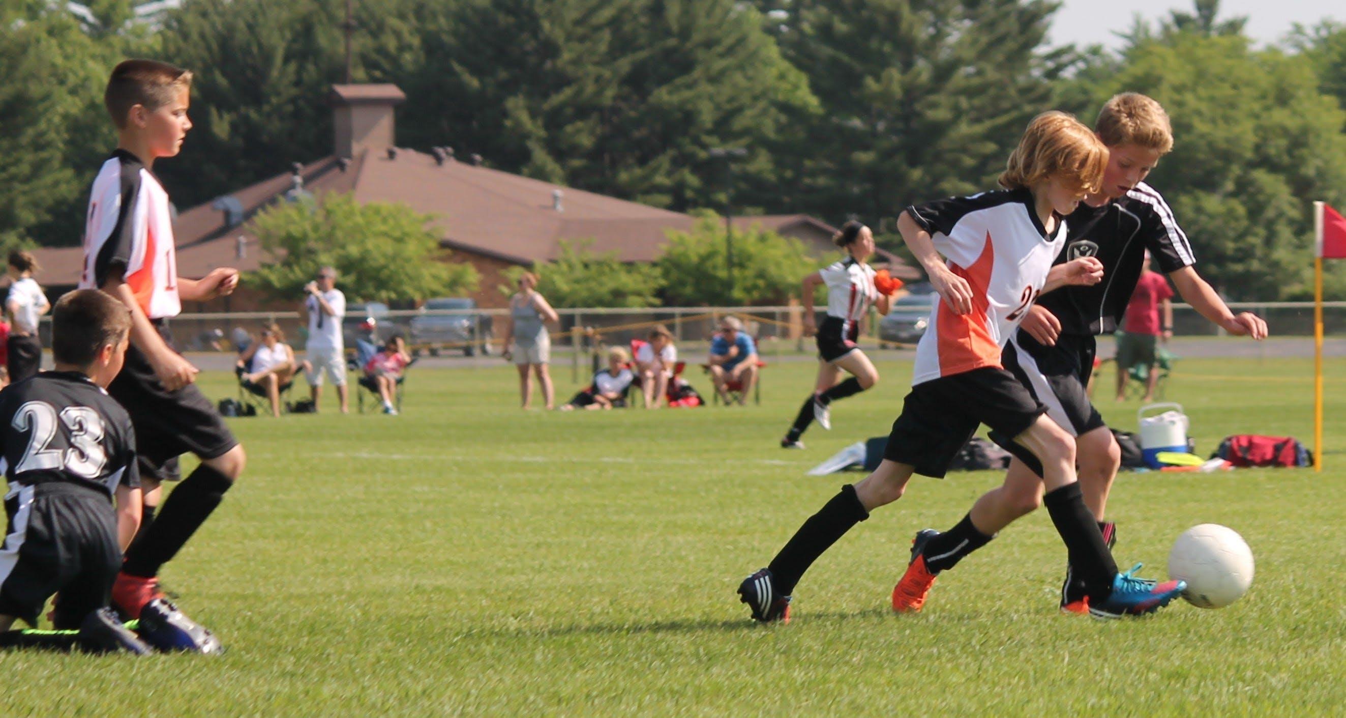 Free stock photo of action, athlete, ball, boy