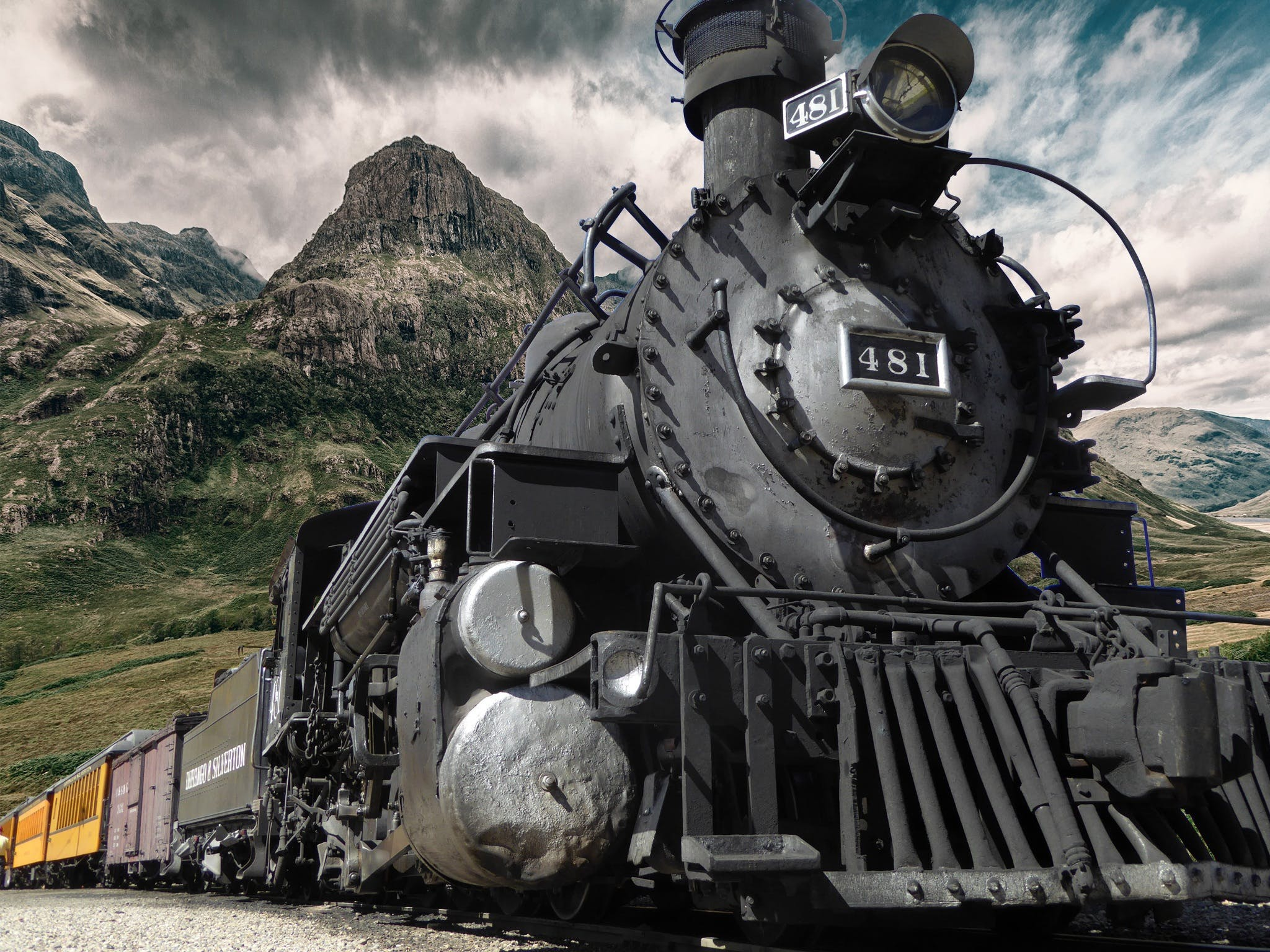 Black Coal-operated Train