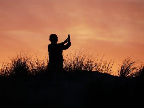 คลังภาพถ่ายฟรี ของ การถ่ายภาพ, คน, ตอนเย็น, ตะวันลับฟ้า