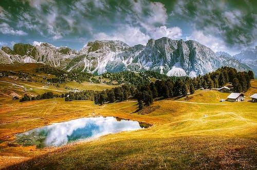 Základová fotografie zdarma na téma alpský, domy, hory, kameny