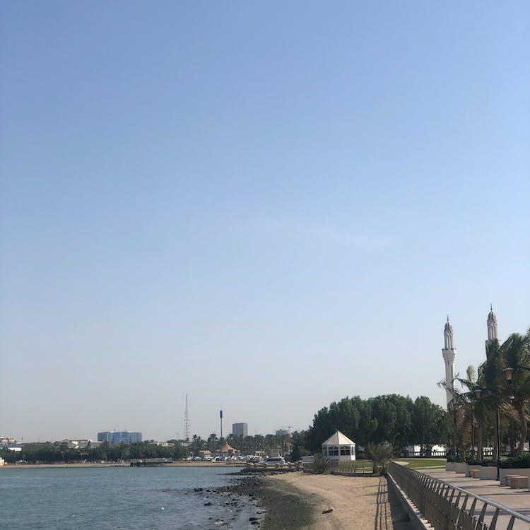 Бесплатное стоковое фото с белый, голубое море, голубое небо