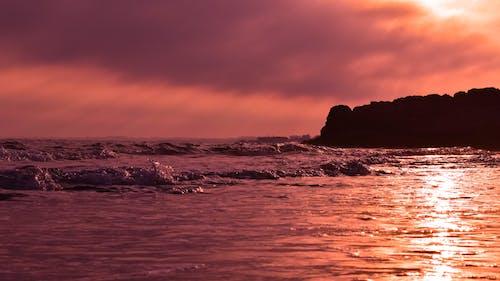 Безкоштовне стокове фото на тему «берег моря, вечір, відображення, вода»