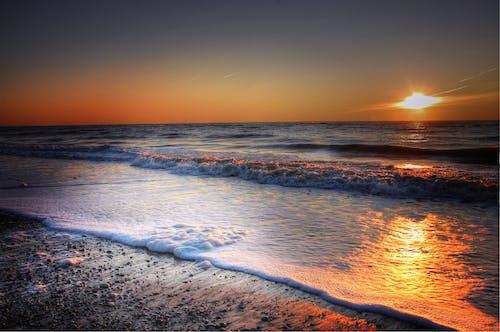 Gratis lagerfoto af aften, aftenhimmel, bølger, Danmark