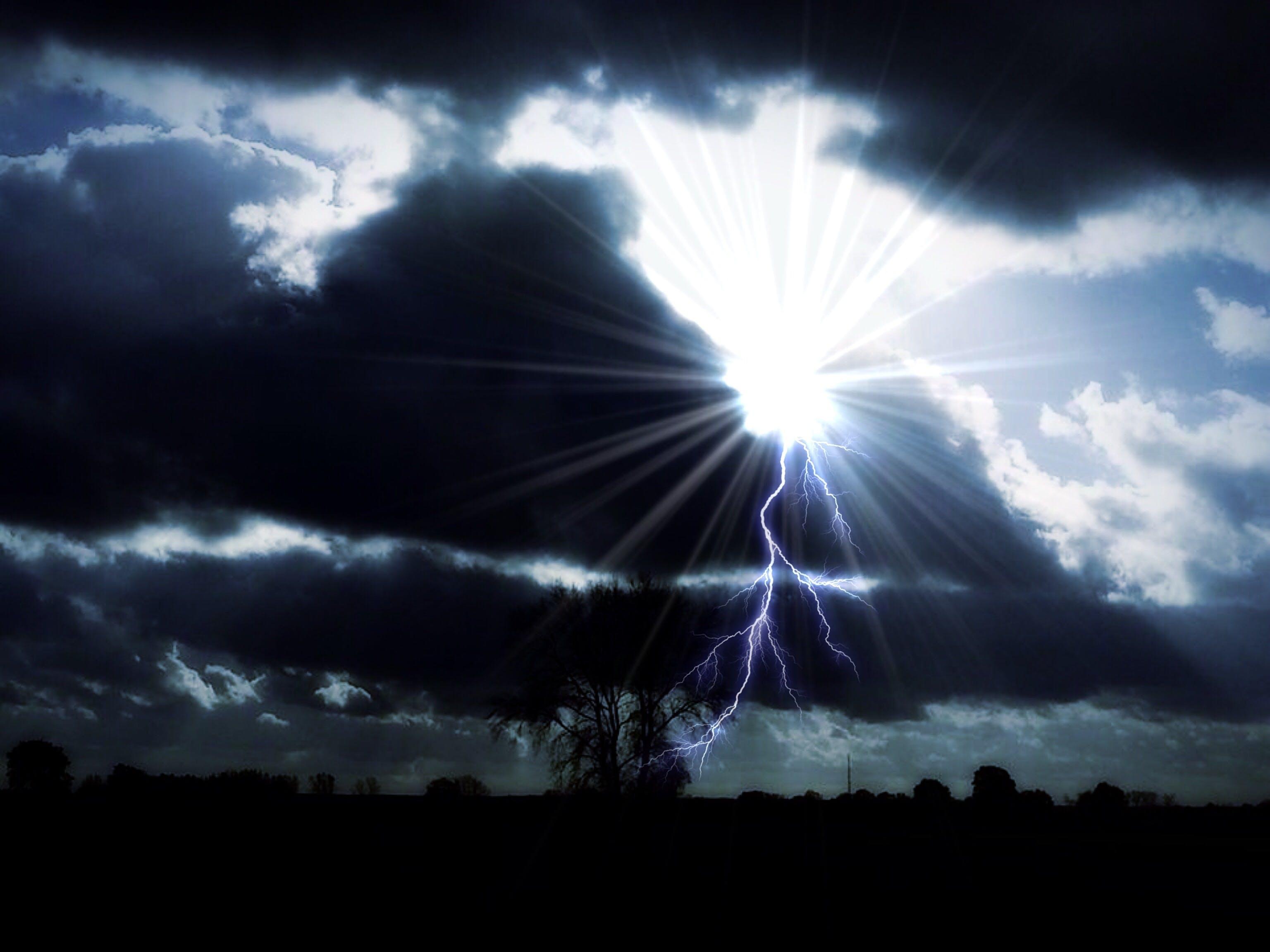 Základová fotografie zdarma na téma mraky, obloha, slunce, sluneční paprsky