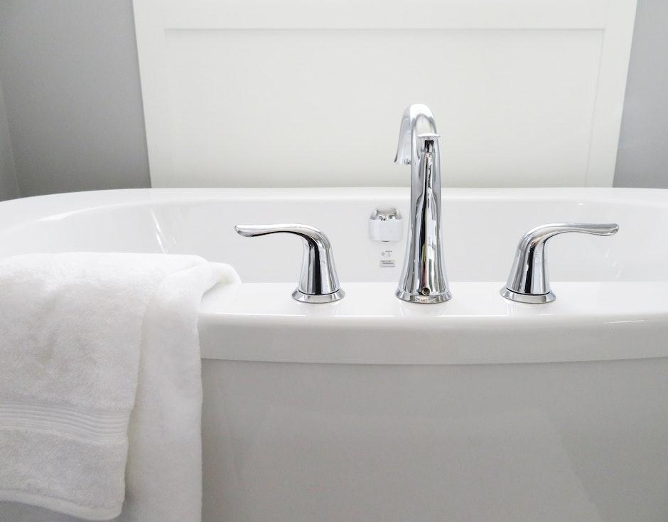 bathroom, bathtub, ceramic