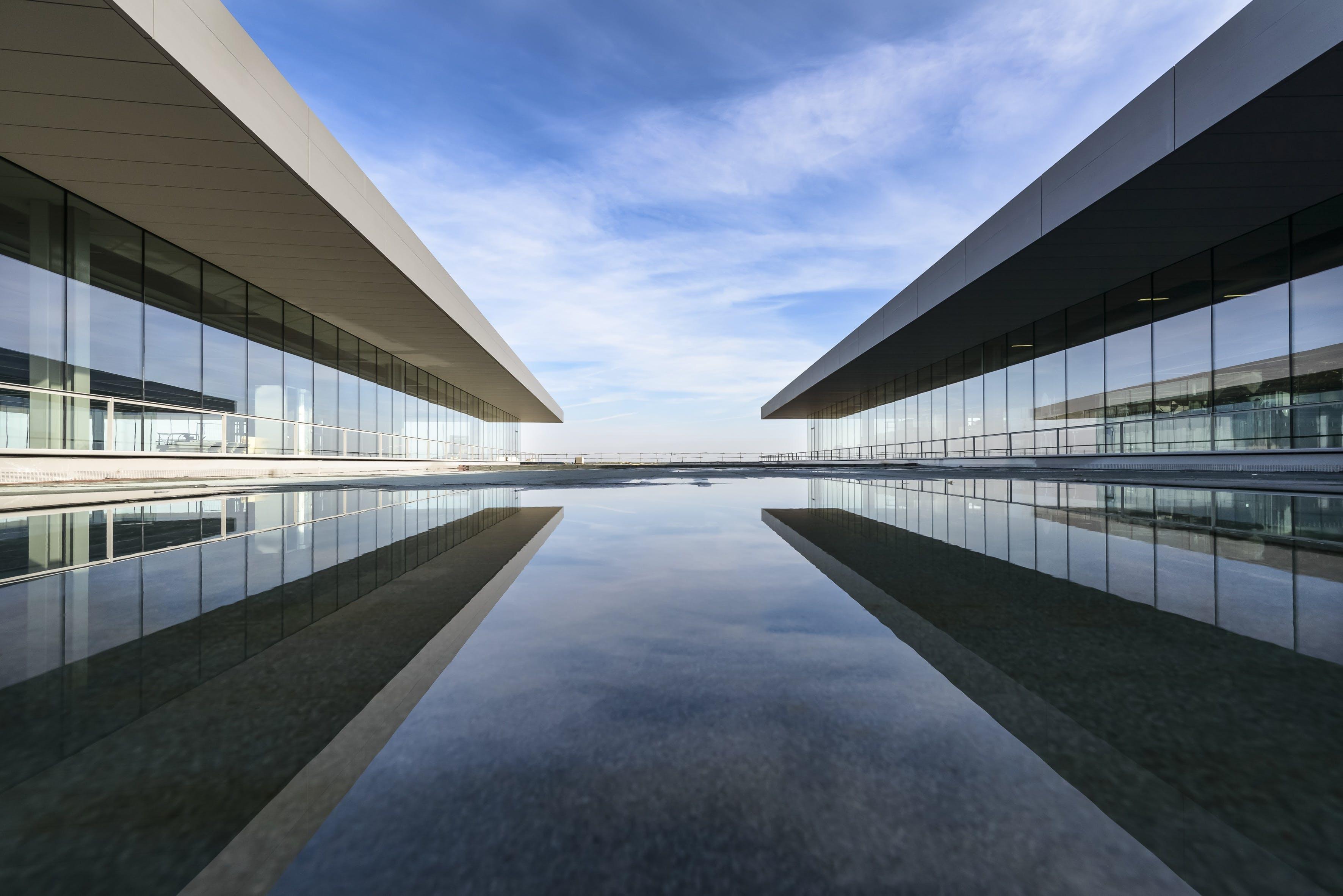 Gratis stockfoto met architectueel design, architectuur, drinkglas, futuristisch