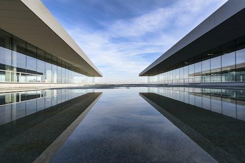 Gratis arkivbilde med arkitektonisk design, arkitektur, bygninger, futuristisk