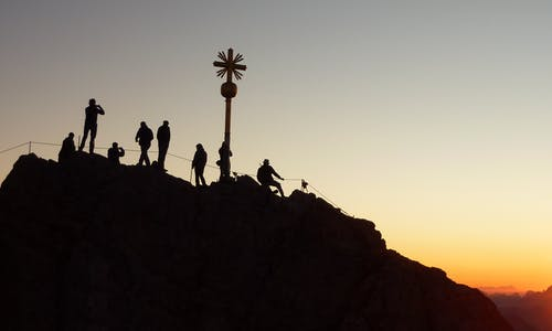 Gratis arkivbilde med daggry, fjellklatring, klatre, klatrere