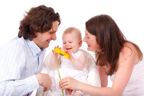 Foto d'estoc gratuïta de amor, bebè, diversió, família