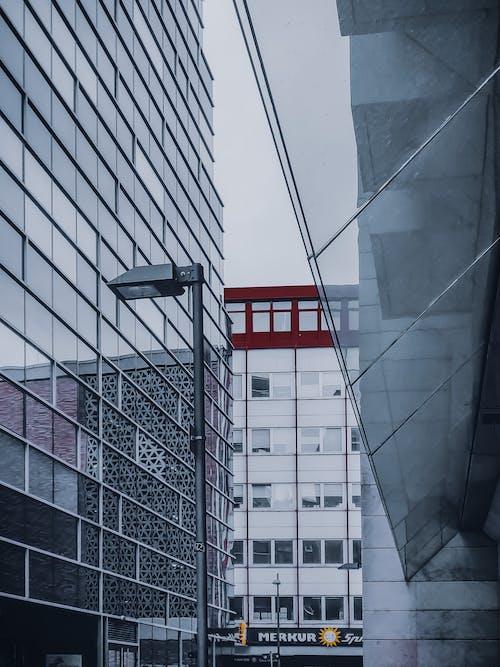 Gratis stockfoto met appartement, architectuur, bedrijf, bedrijfsmatig