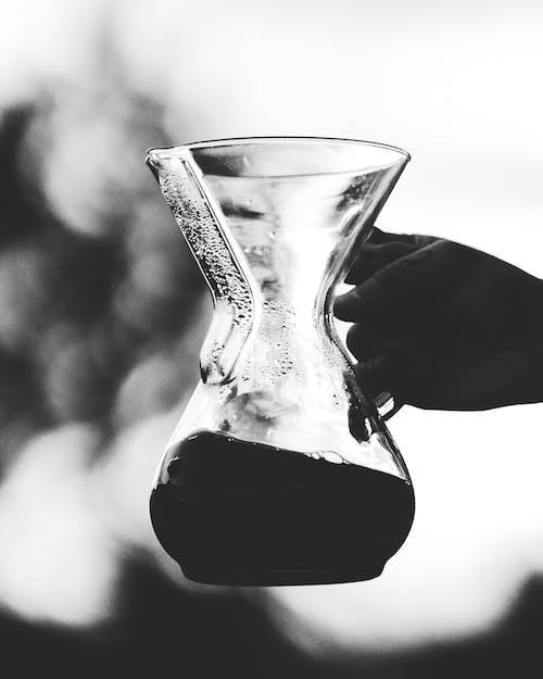 Бесплатное стоковое фото с chemex, держать, жидкий