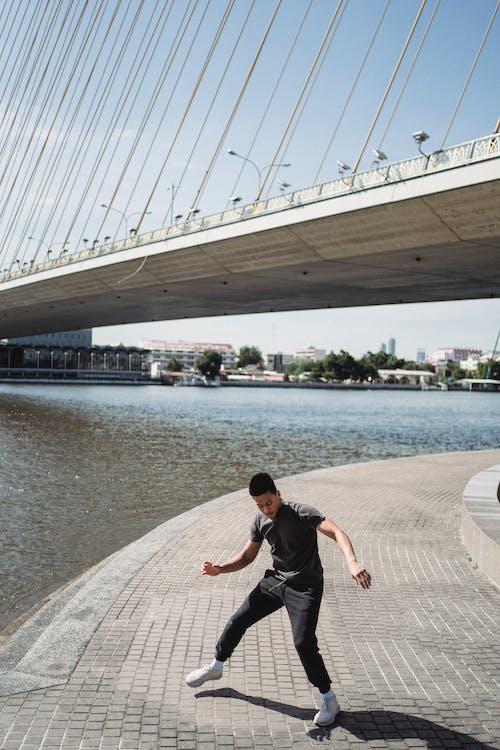 Immagine gratuita di acqua, adatto, architettura, argine