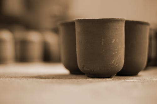 Free stock photo of clay pots, cooking pots, cups, potter