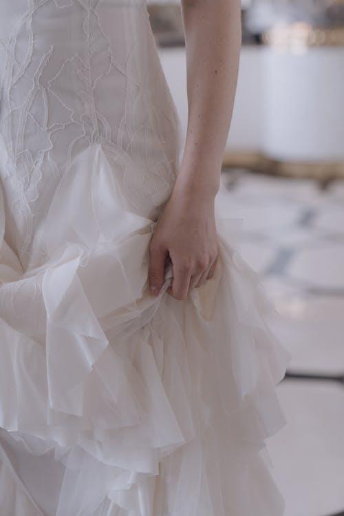 คลังภาพถ่ายฟรี ของ คน, ชุดเดรสสีขาว, ชุดแต่งงาน