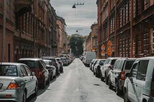 Kostnadsfri bild av arkitektur, bil, brott, buss