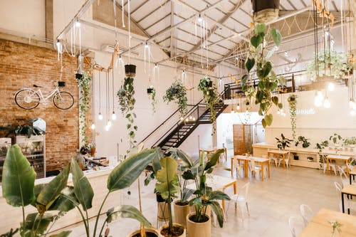 Foto profissional grátis de arquitetura, artigos de vidro, cadeira, casa