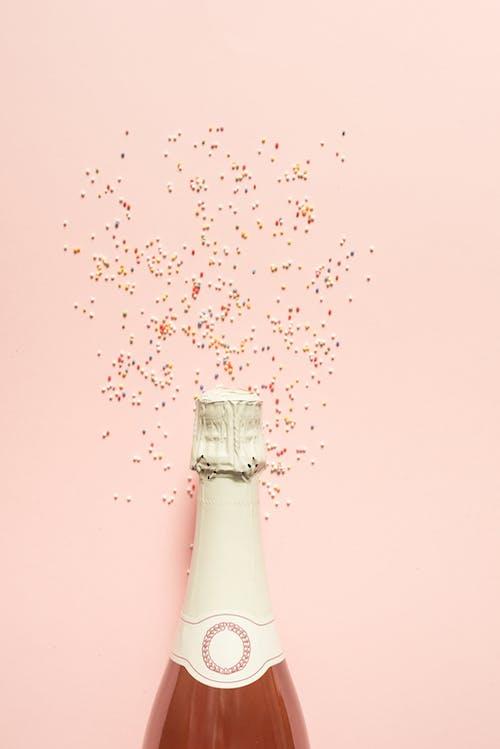白色粉末透明玻璃瓶