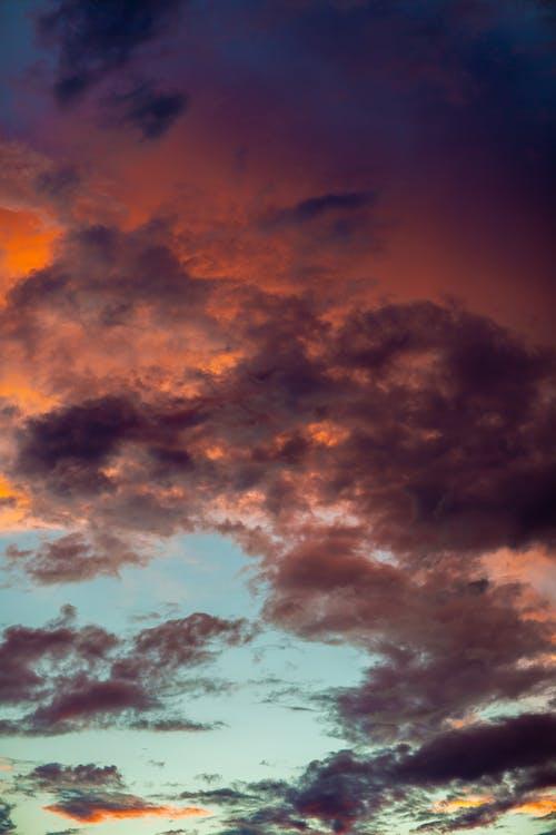 Бесплатное стоковое фото с атмосфера, вертикальный, восход