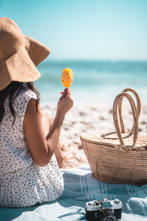 The Benefits (and Necessity) of Sunscreen