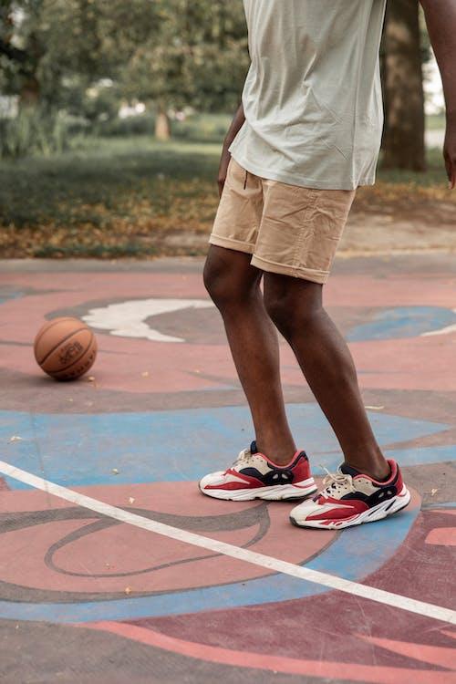 Ilmainen kuvapankkikuva tunnisteilla activewear, afroamerikkalainen mies, aktiivinen, aktiivisuus