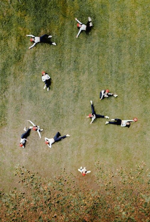 Безкоштовне стокове фото на тему «веселий, відпочинок, група, групувати»