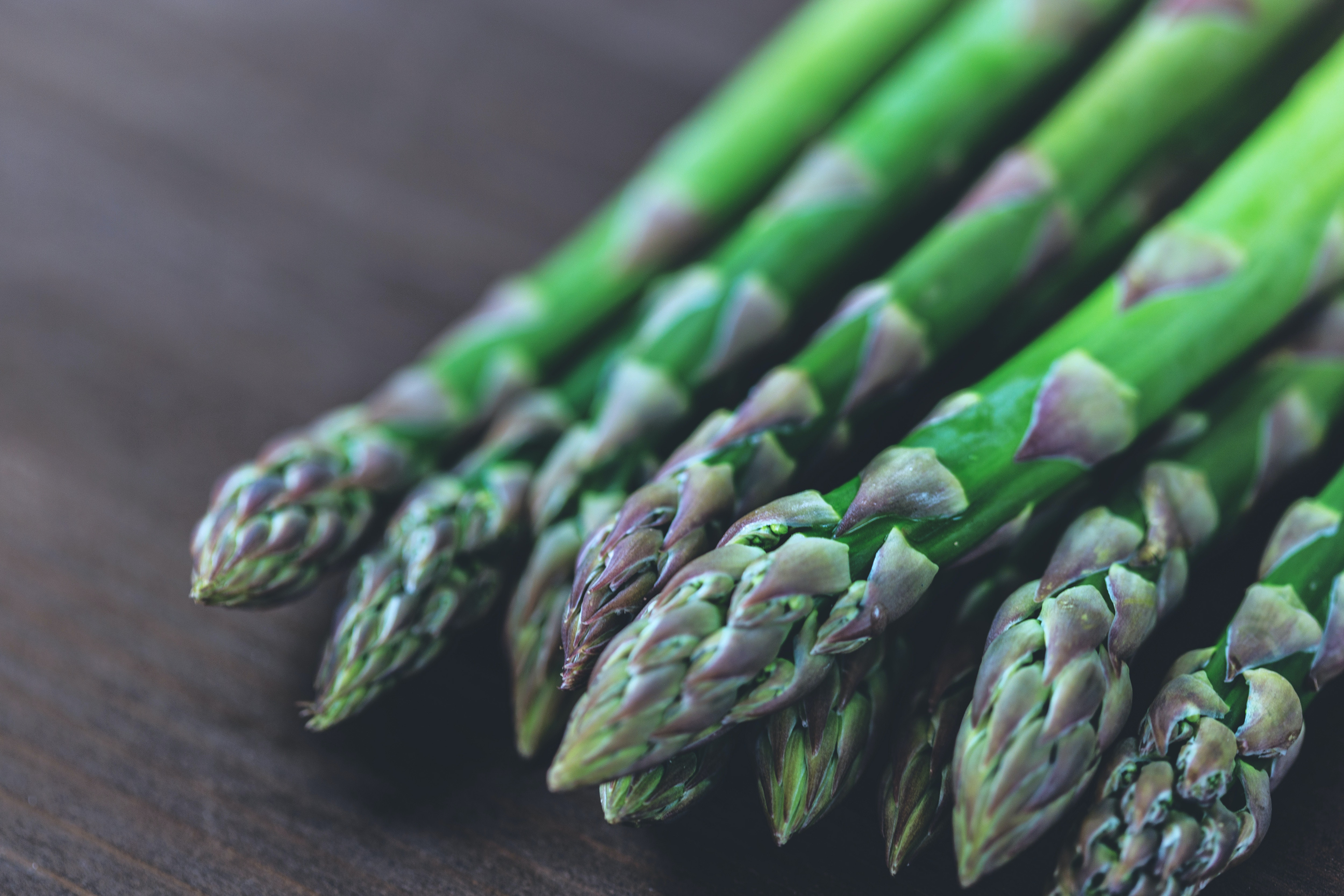 Asparagus for health gut and gums