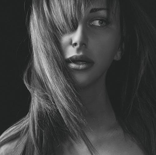 Immagine gratuita di attraente, bellissimo, bianco e nero