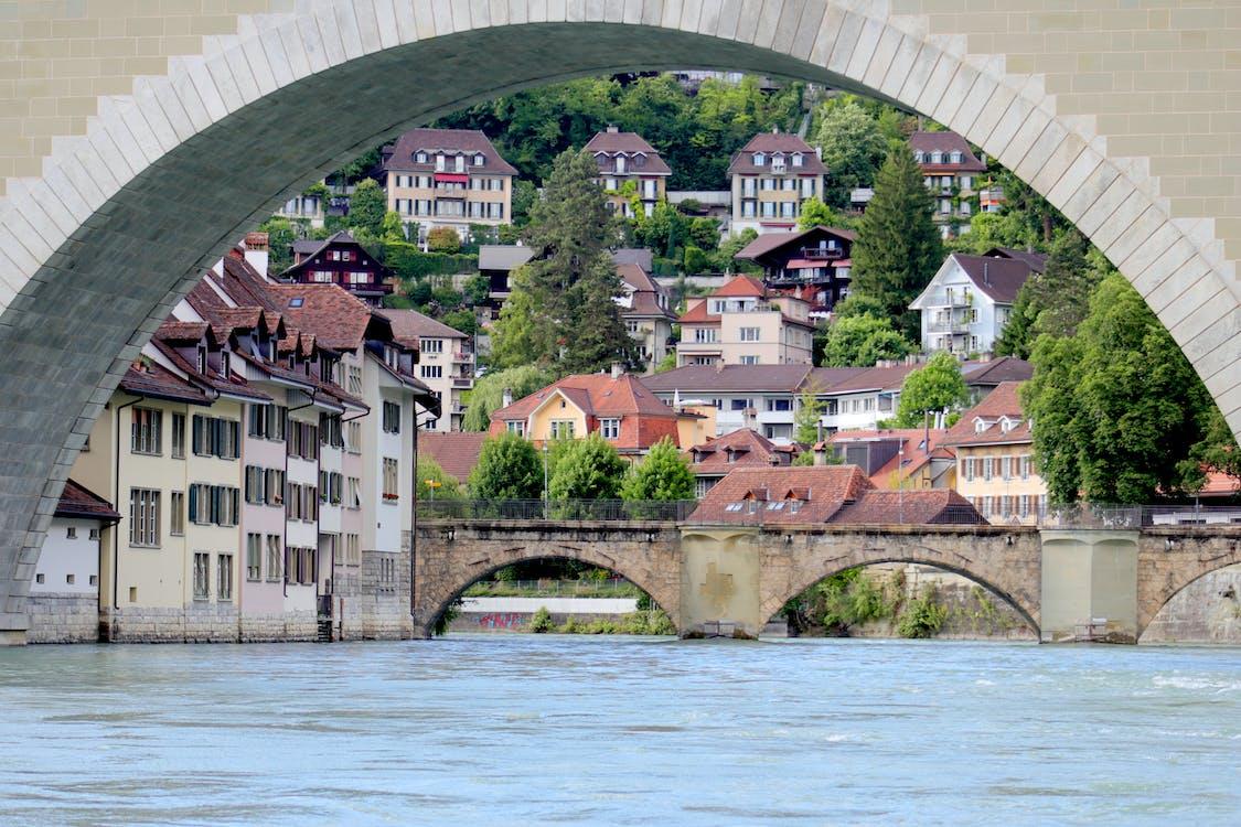 arch bridge, old town
