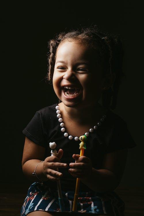 Foto profissional grátis de adolescente, bebê, bonitinho, criança