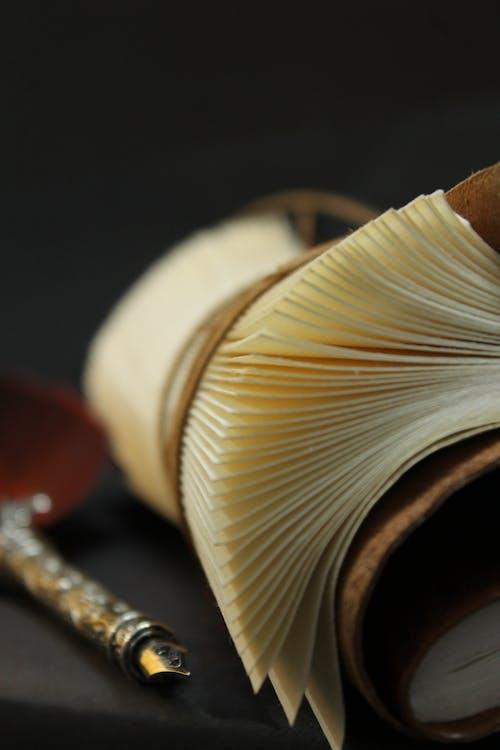 Darmowe zdjęcie z galerii z dziennik, martwa natura, notatnik