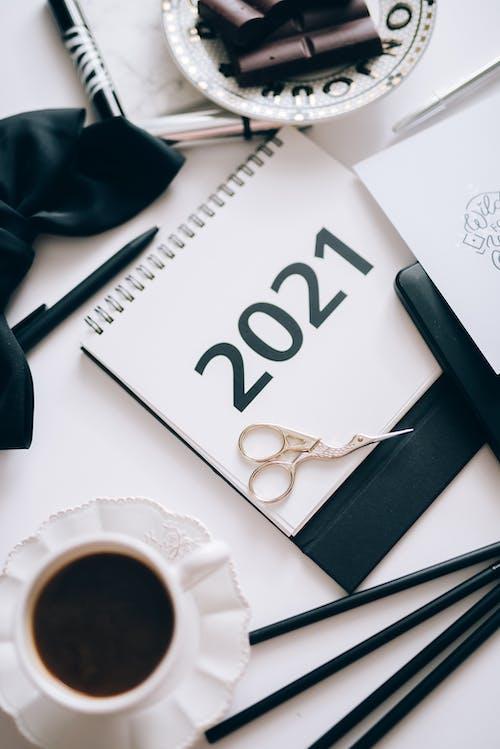 Immagine gratuita di 2021, bianco e nero, business, calendario