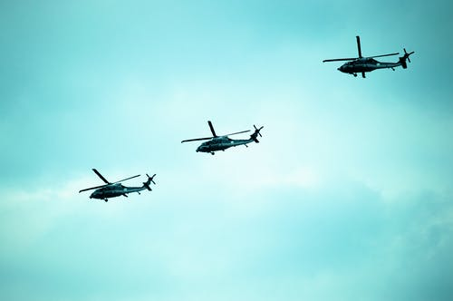 Immagine gratuita di acrobazie aeree, aereo, aeronautica militare, aeroplano
