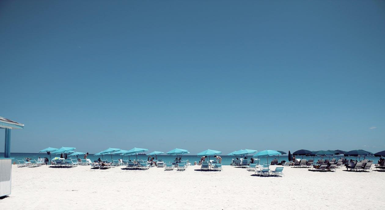 Fotobanka sbezplatnými fotkami na tému južná pláž, modrá, modrá obloha