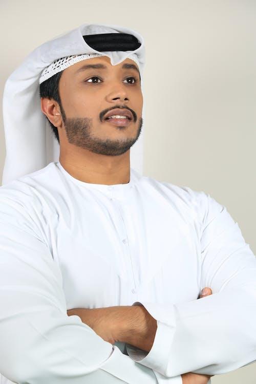 Fotobanka sbezplatnými fotkami na tému arabský, arabských mužov, biele pozadie