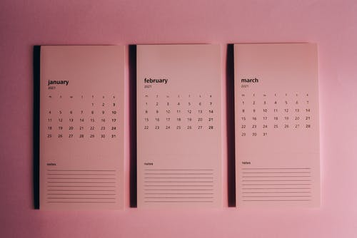 Set of monthly calendars with weekly dates