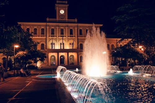 Ingyenes stockfotó éjszaka, építészet, épülethomlokzat, este témában