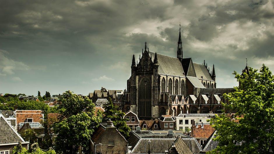 New free stock photo of sky, houses, landmark