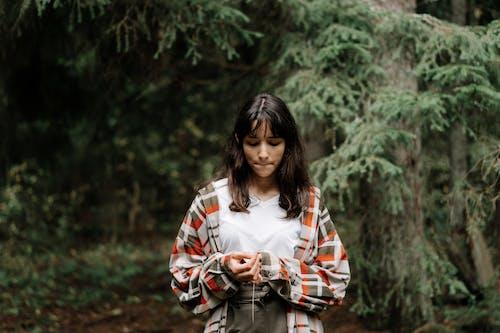アダルト, くつろぎ, ティーンの無料の写真素材