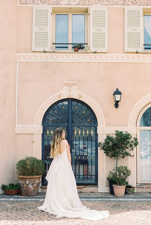 Foto d'estoc gratuïta de a l'aire lliure, arquitectura, balcó, boda