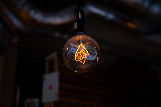 Kostenloses Stock Foto zu dunkel, glas, verschwimmen, glühbirne