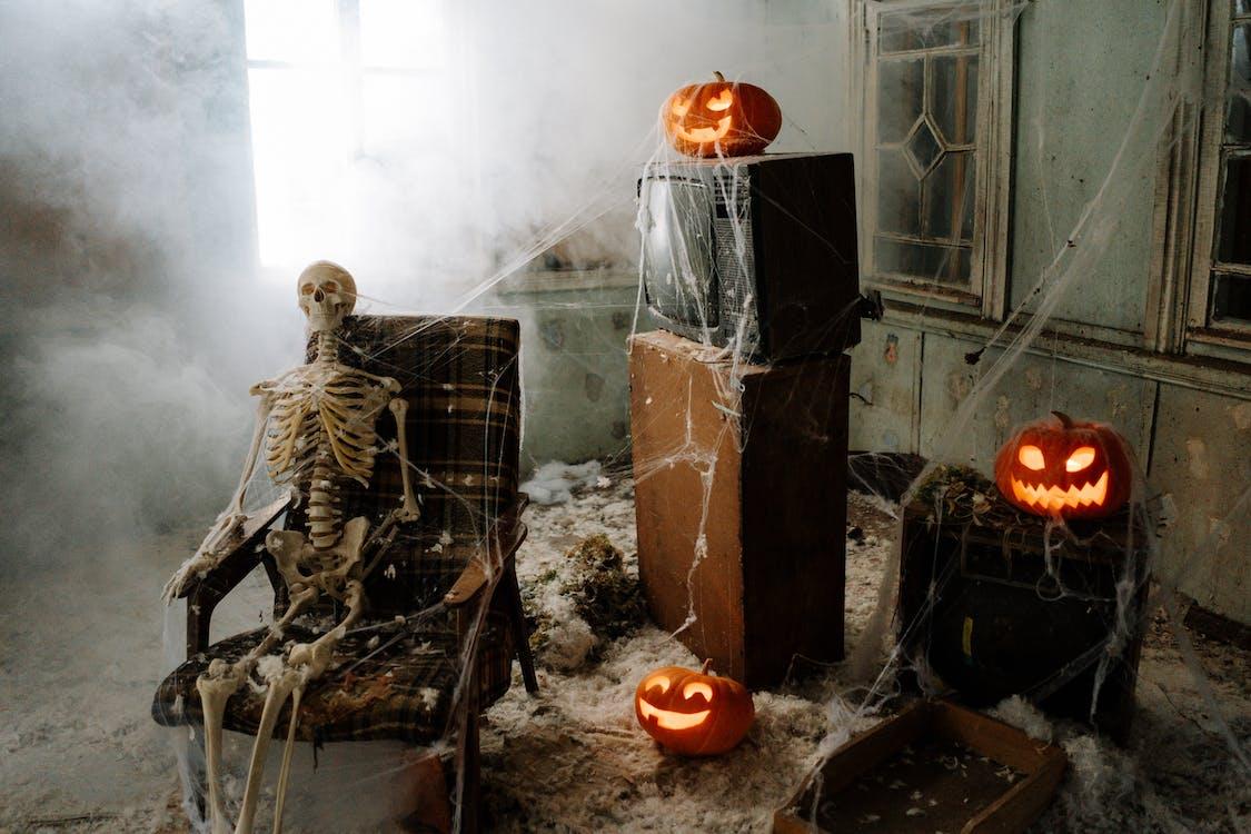 Halloween Decorated Room