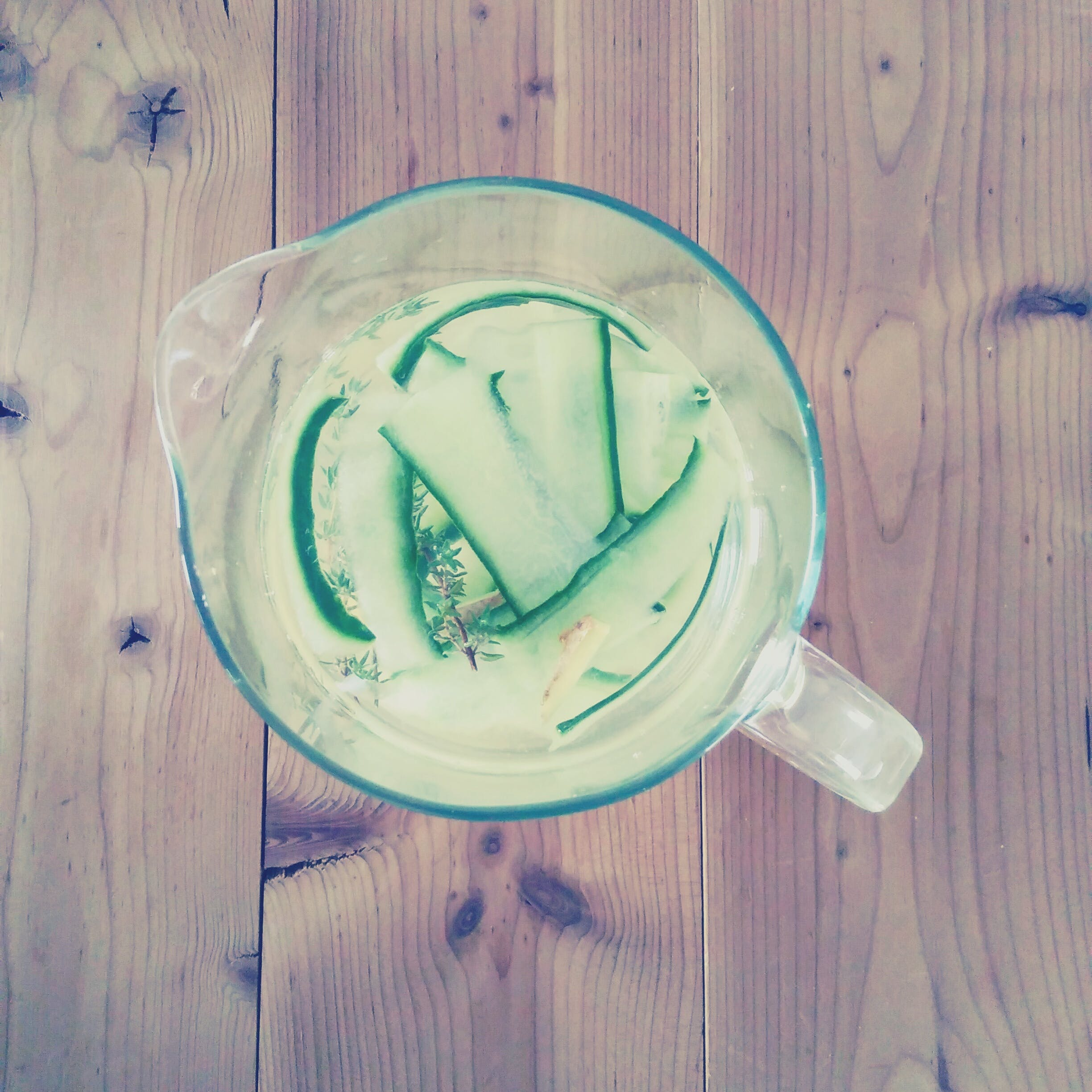 Free stock photo of cucumber, tea, wood