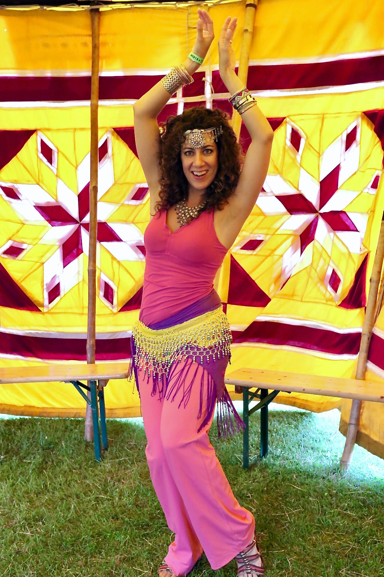 Free stock photo of belly dancer, dancer, gold, pink