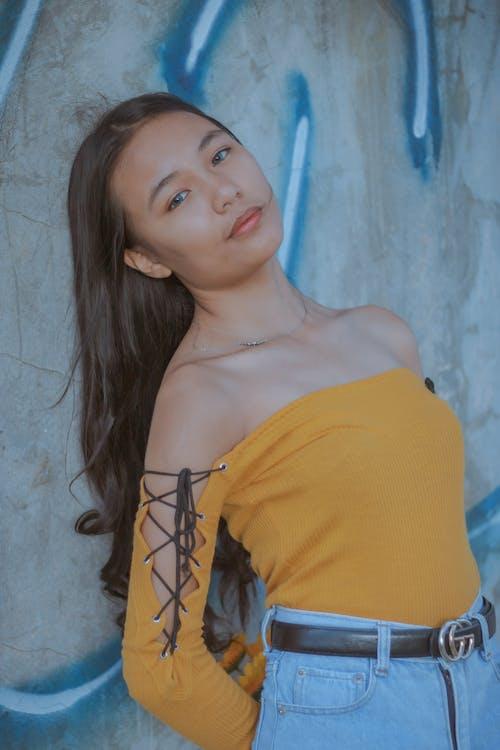 Ilmainen kuvapankkikuva tunnisteilla aasialainen nainen, Betoni, brunette