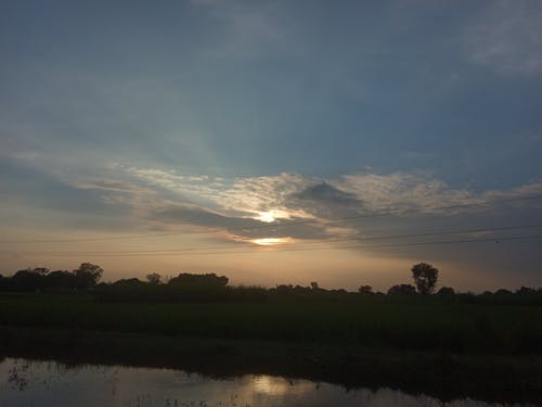 美しい夕日の無料の写真素材