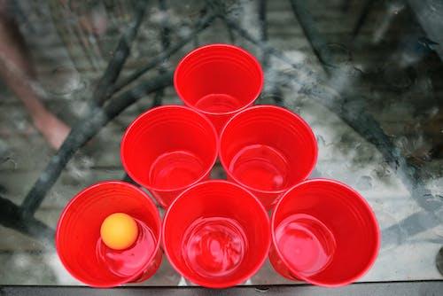 Immagine gratuita di bicchieri di plastica, birra pong, gioco, palla