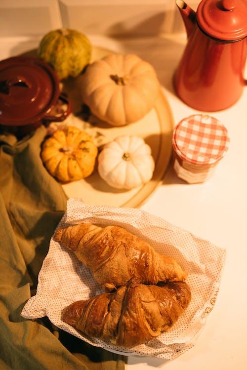 Gratis arkivbilde med bake, bakeri, bakverk, brød