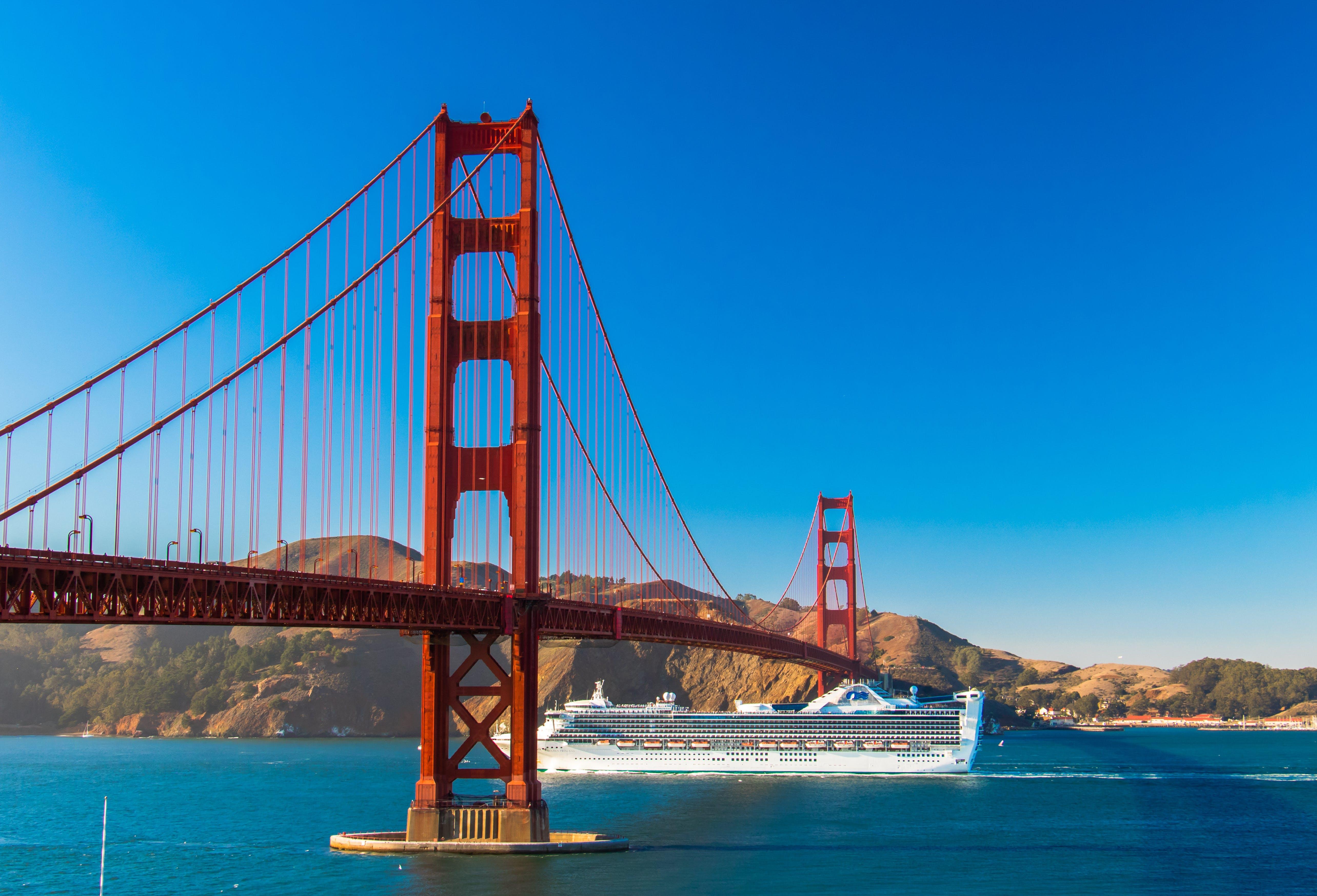 Free stock photo of architecture, blue sky, bridge, cruise