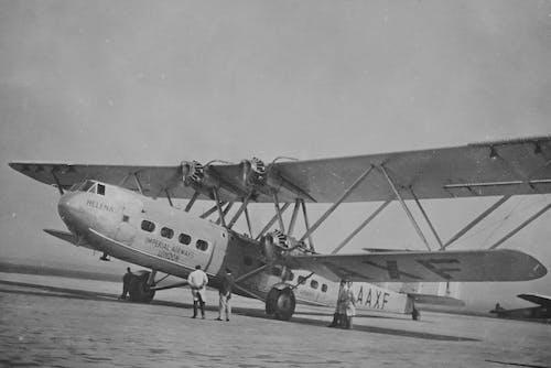 Kostnadsfri bild av aviate, biplan, bombplan, brittisk